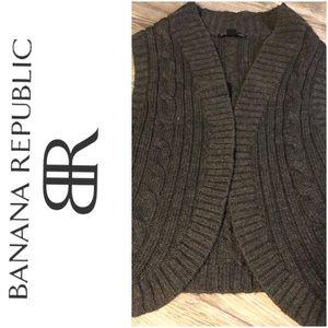 VGUC Banana Republic sweater vest large